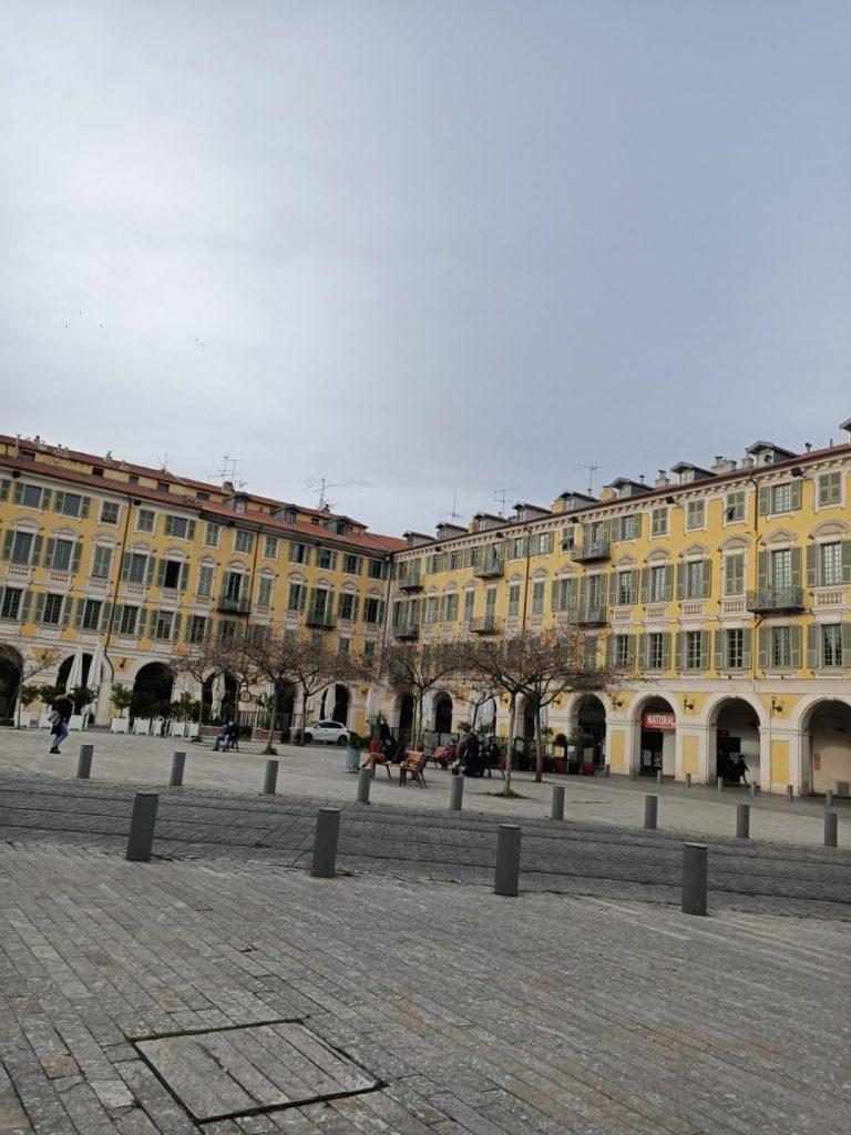 Nice Côte d'azur Place Garibaldi