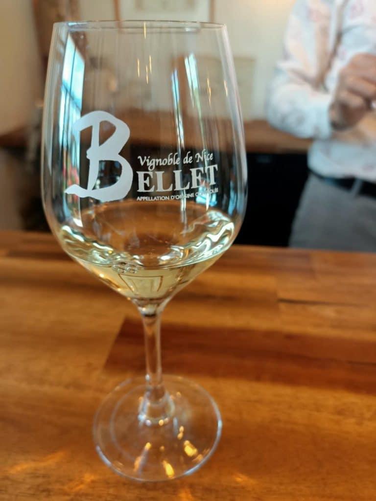 verre de vin bellet 1